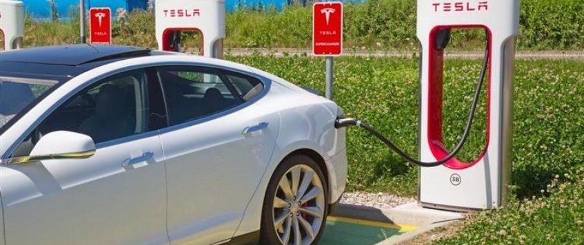 Tesla annonce des Superchargeurs encore plus rapides pour 2019